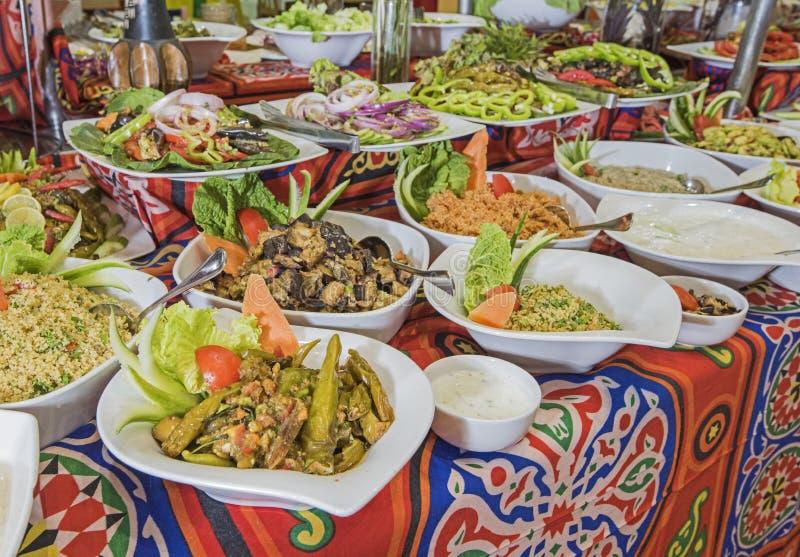 Selction van saladevoedsel bij een restaurantbuffet royalty-vrije stock foto's