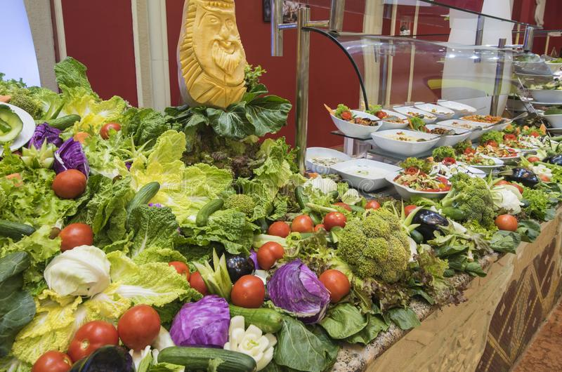 Selction van saladevoedsel bij een restaurantbuffet royalty-vrije stock fotografie