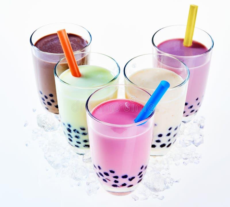 Seleção colorida do chá leitoso do boba ou da bolha foto de stock royalty free