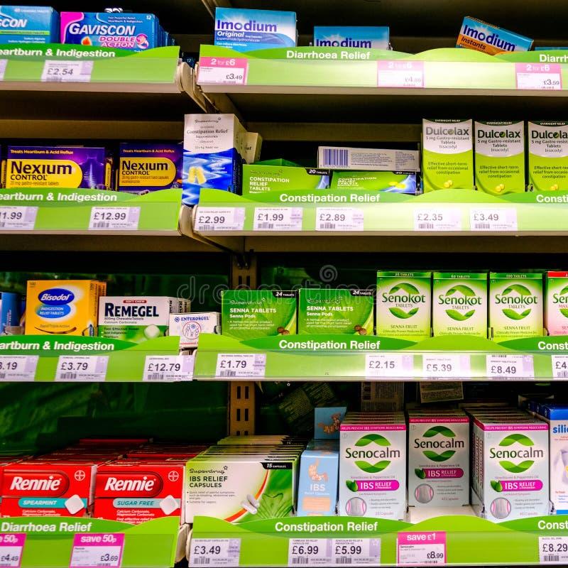 Seleção de remédios do problema do estômago ou da barriga fotos de stock royalty free