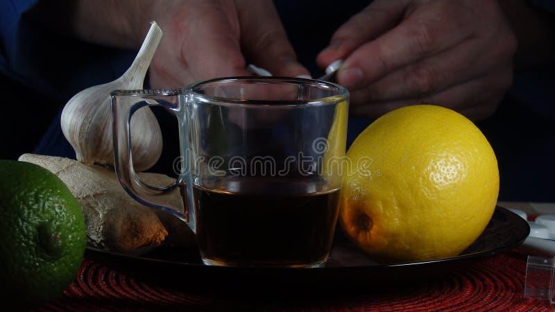 Seleção do alimento contra frios e gripe imagem de stock