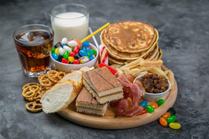 Seleção do alimento que pode causar o diabetes imagens de stock royalty free