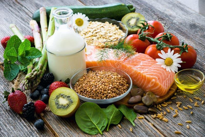 Seleção do alimento saudável fotos de stock royalty free