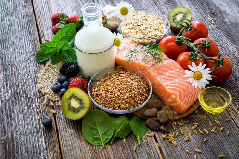 Seleção do alimento saudável fotografia de stock royalty free