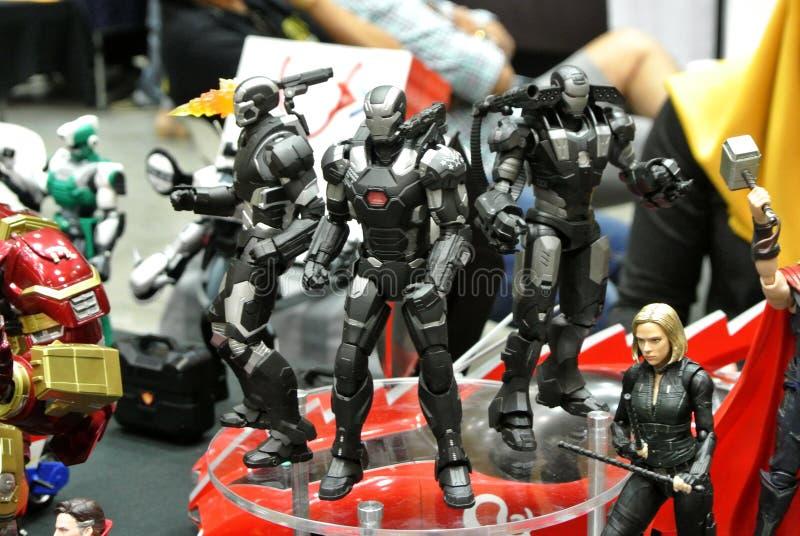 Seleccionado se enfocó de figura de acción del carácter de IRON MAN de los tebeos y de las películas de Iron Man de la maravilla fotos de archivo