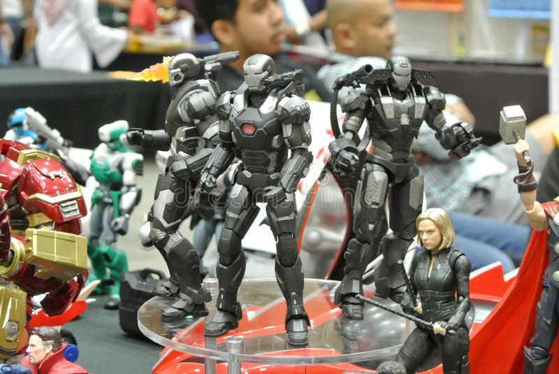 Selected fokuserade av det IRON MAN teckenet, handling somdiagramet från förundra sig Iron Man komiker och filmer royaltyfri fotografi