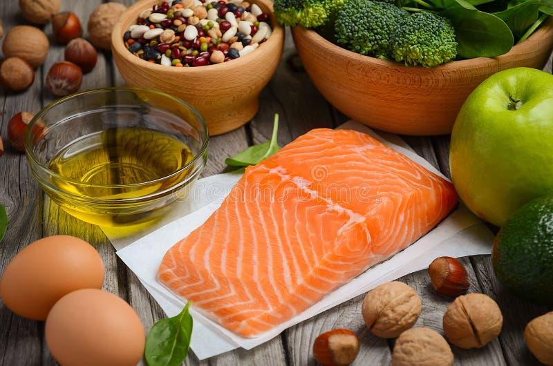 Selectie van gezonde producten Uitgebalanceerd dieetconcept royalty-vrije stock foto's