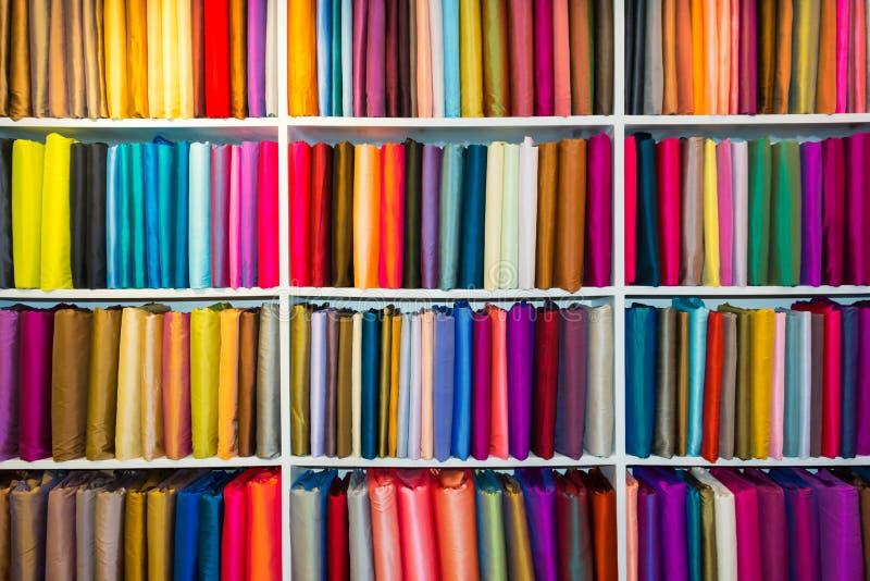 Selectie van kleurrijke stoffen stock afbeelding