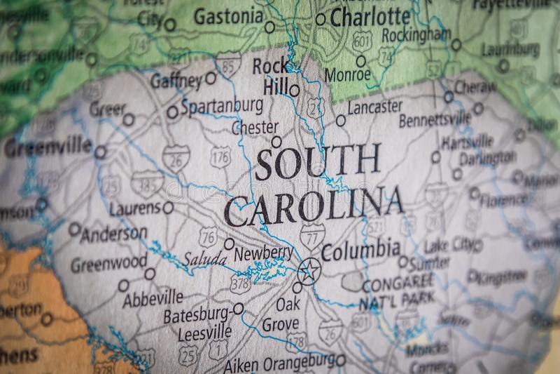 Selectieve focus van de staat South Carolina op een geografische en politieke staatskaart van de VS royalty-vrije stock foto