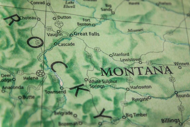 Selektiver Fokus des Staates Montana auf einer geografischen und politischen Staatskarte der USA stockbild