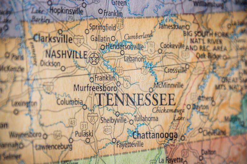 Selektiver Fokus des Tennessee-Staates auf einer geografischen und politischen Landkarte der USA lizenzfreie stockfotos