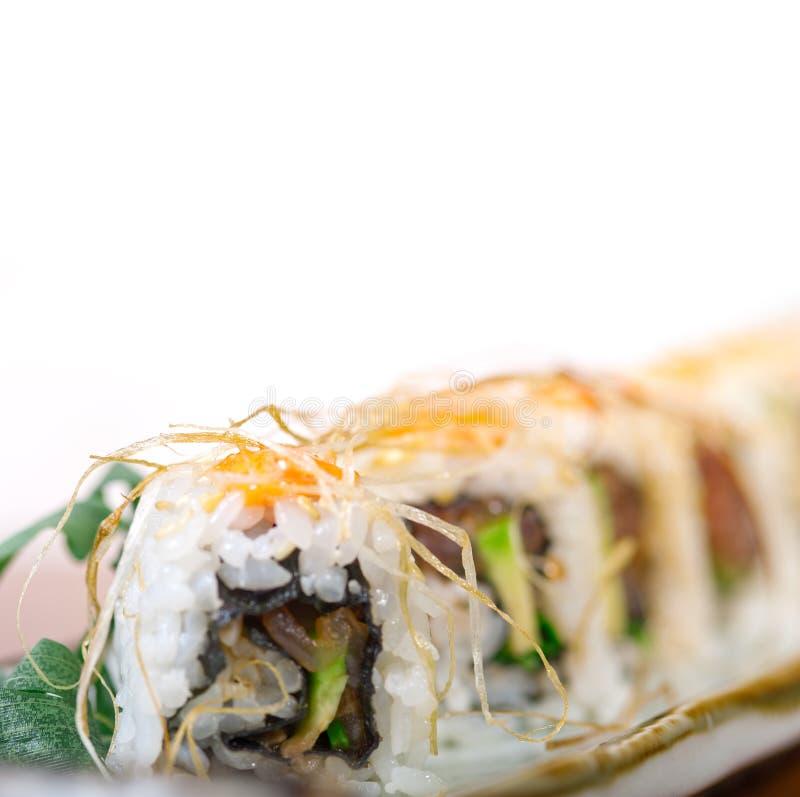 Download Selezione Choice Dell'assortimento Di Miscuglio Dei Sushi Freschi Immagine Stock - Immagine di nessuno, saporito: 55360285