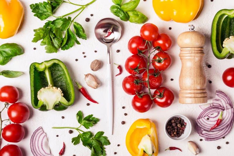 Selezione delle verdure organiche fresche Alimento sano e concetto di cottura immagine stock