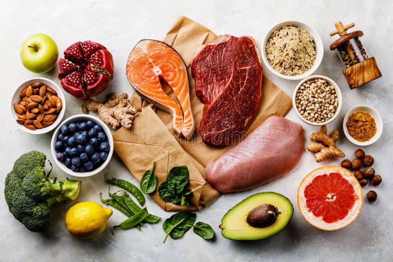 Selezione pulita di cibo dell'alimento sano di dieta equilibrata immagine stock libera da diritti