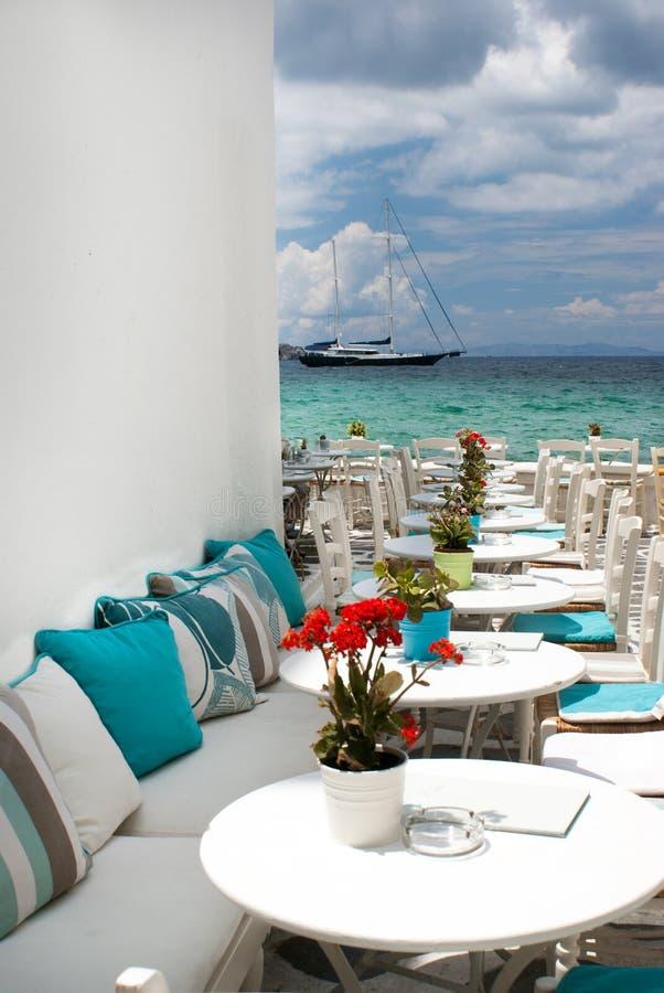 Self-service greco tradizionale sull'isola di Mykonos fotografia stock libera da diritti
