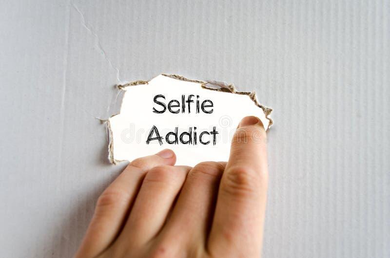 Selfie上瘾者文本概念 免版税库存图片