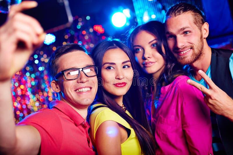 Selfie счастливых clubbers стоковое фото rf