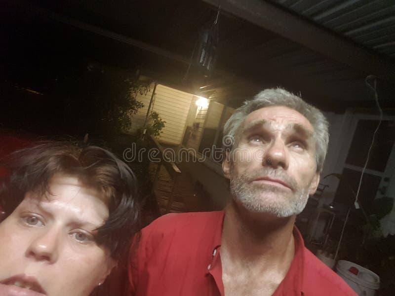 Download Selfie photo stock. Image du outside, regarder, nuit - 77157872