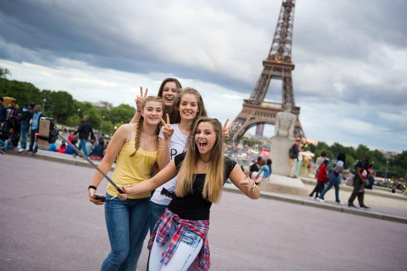 Selfie con Eiffeltower fotografía de archivo libre de regalías
