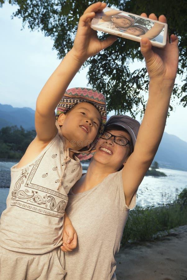 Selfie de familles image stock
