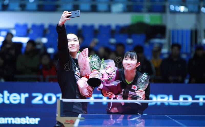Selfie del ganador de los dobles de las mujeres fotos de archivo