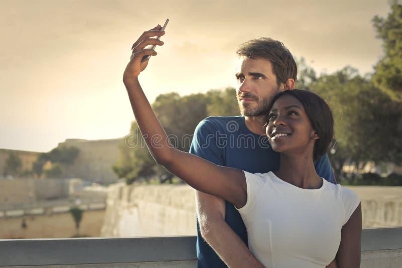 Selfie eines Paares lizenzfreie stockfotos