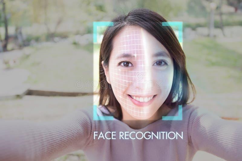 Selfie för ansikts- erkännande royaltyfri bild