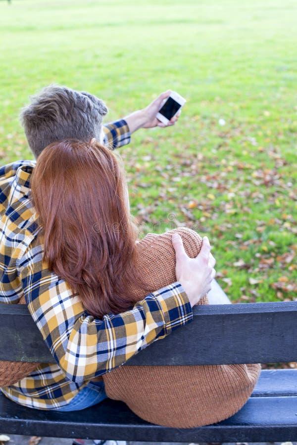 Selfie in het park royalty-vrije stock foto's