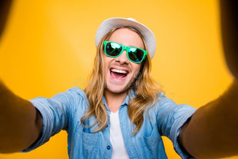 Selfie-Manie Gerade ich und sonster niemand Draufsicht des lustigen Hippies stockfoto