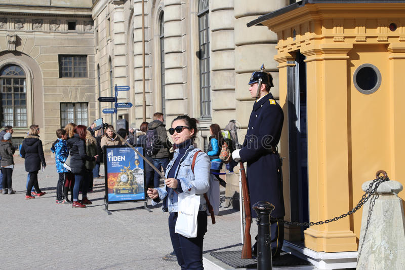 Selfie mit Schwede-Royal Palaces Schutz stockfoto
