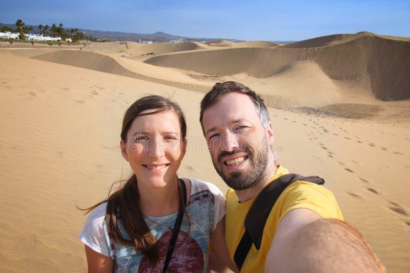 Selfie turistico delle coppie fotografia stock libera da diritti