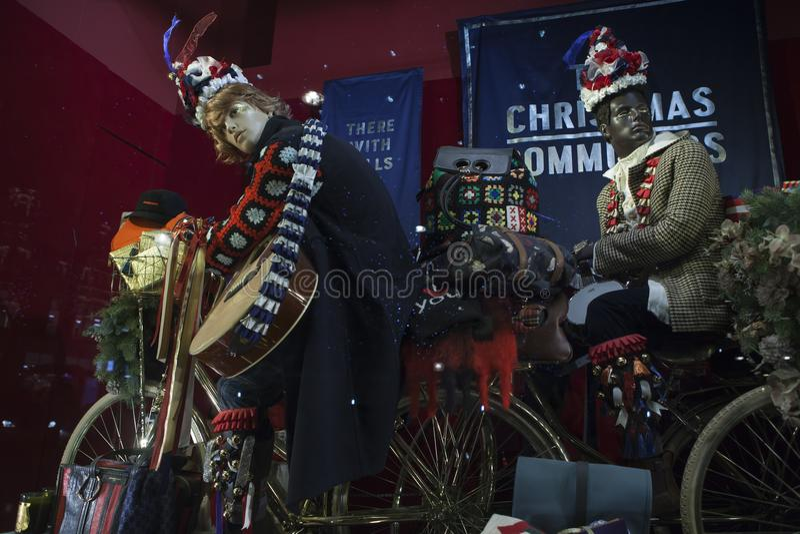 Selfridges, via di Oxford, Londra, decorata per il Natale ed i nuovo 2018 anni fotografia stock libera da diritti