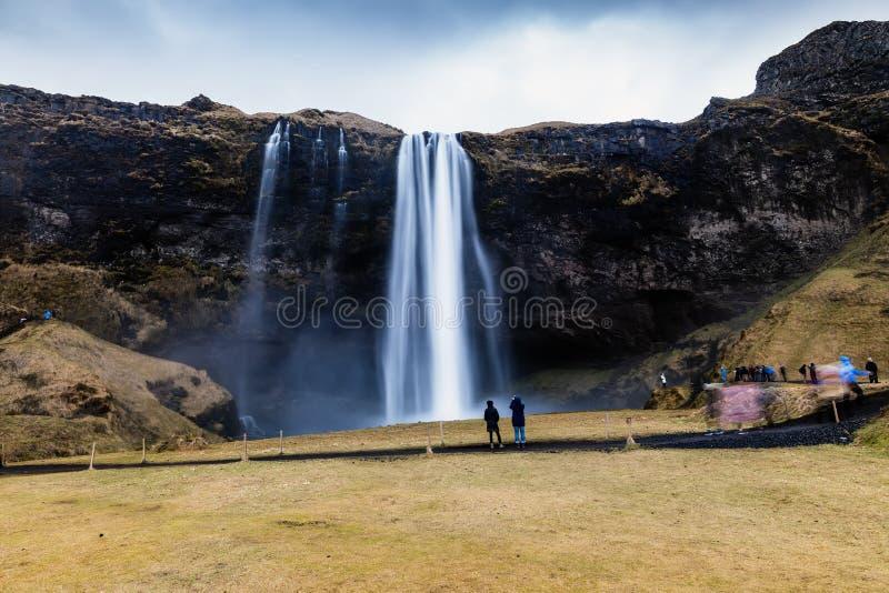 Seljalandsfoss é uma das cachoeiras as mais bonitas no CI foto de stock royalty free