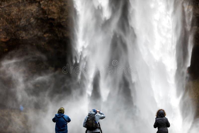 Seljalandsfoss один из самых красивых водопадов на Ic стоковое изображение