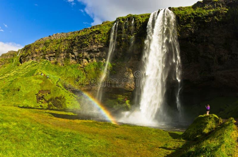 Seljalandsfoss vattenfall av floden Seljalandsa, södra Island royaltyfria bilder
