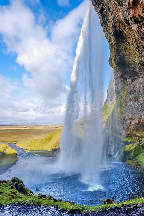 Seljalandsfoss Wasserfall am Sonntag in Island stockbilder