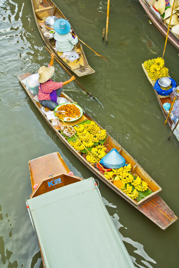Download Selling Food On A Boat At Floating Market, Thailand Stock Image - Image of people, market: 38334247