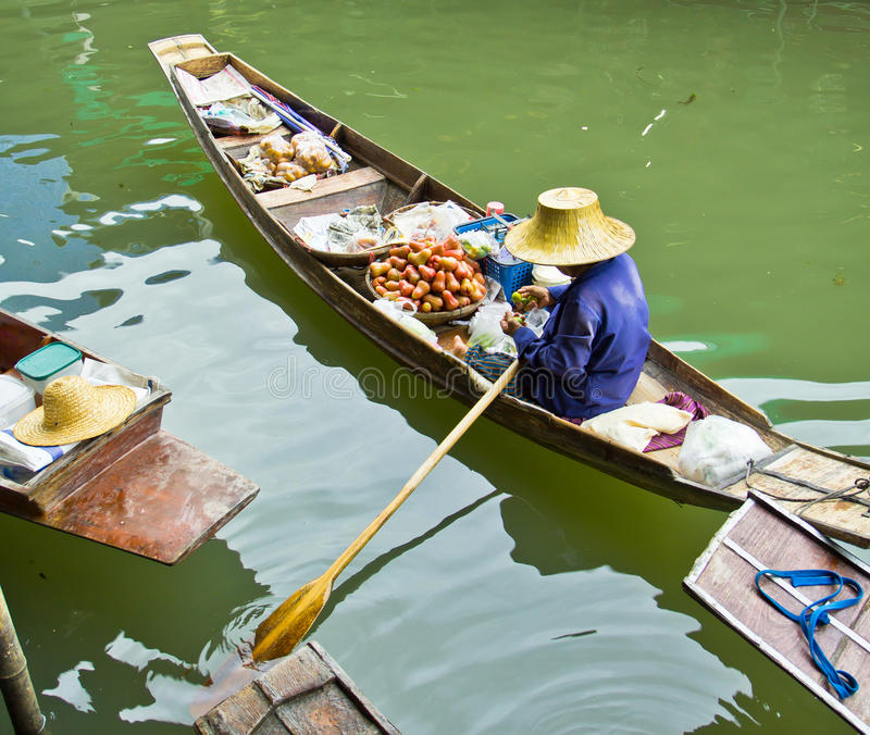 Download Selling Food On A Boat At Floating Market, Thailand Stock Photo - Image: 38334992