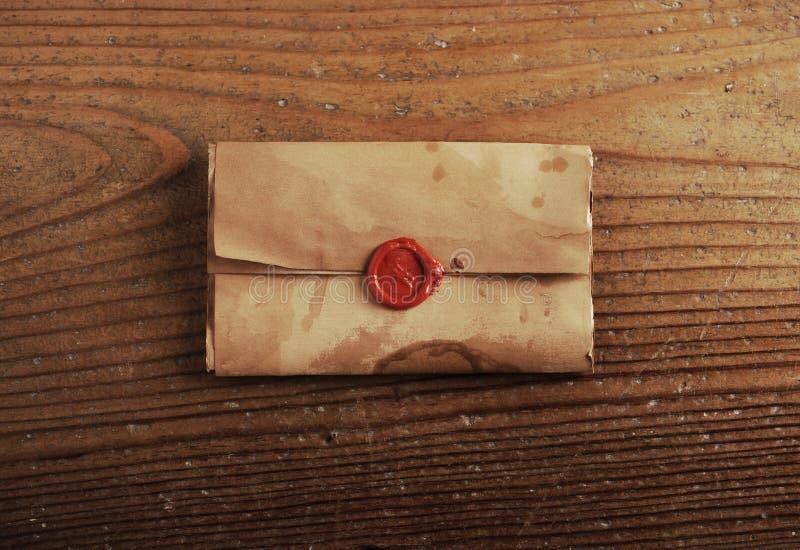 Sello de la cera en un papel de carta fotos de archivo libres de regalías