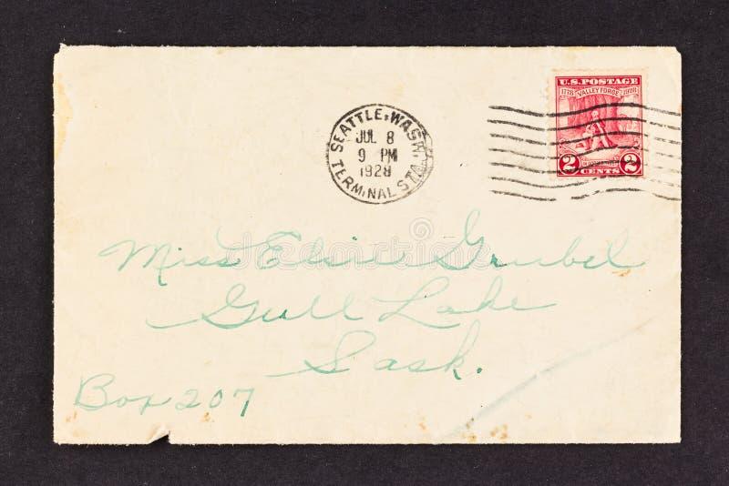 Sello de los 1928 E.E.U.U. en el sobre viejo de Aaddressed imagen de archivo