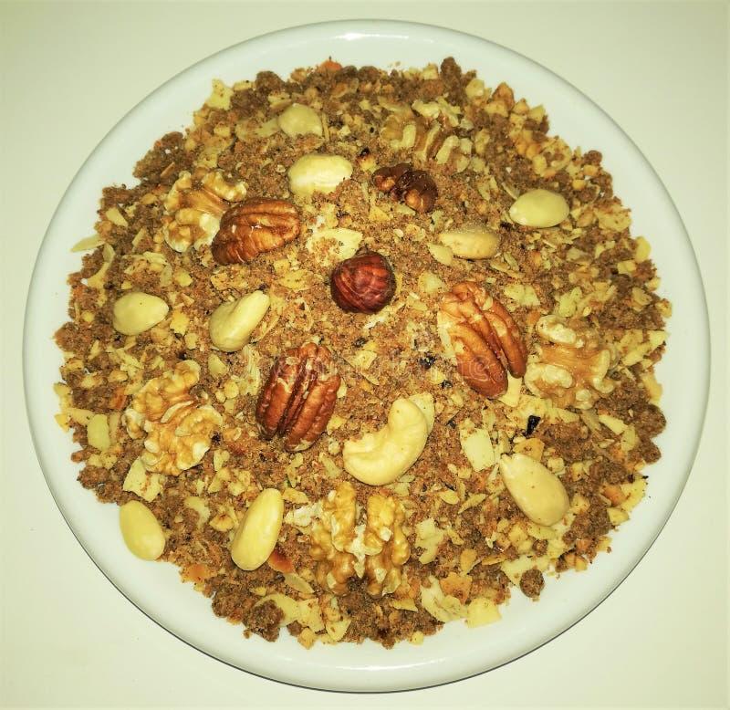 Sellou - Marokański deser zmielone dokrętki zdjęcie stock