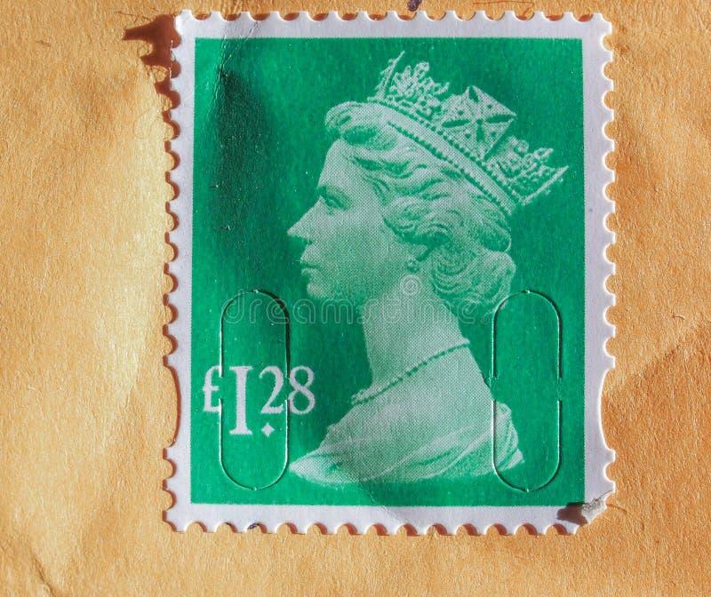 Selo de correio britânico com rainha Elizabeth II imagem de stock