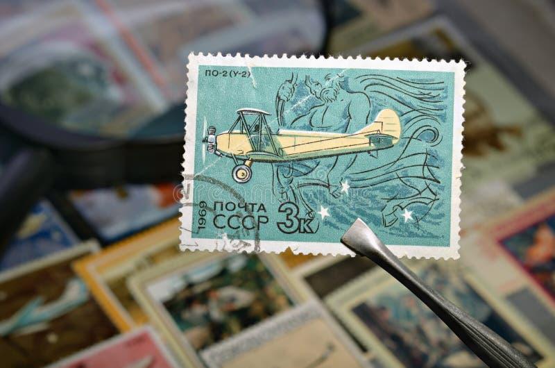 Selo de porte postal velho fotos de stock