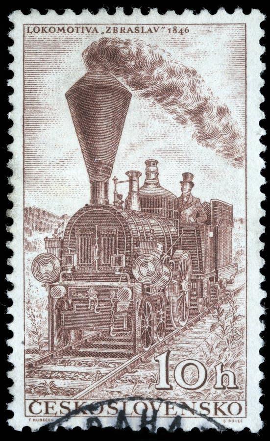 Selo impresso em Checoslováquia, mostras Locomotiv Zbraslav foto de stock