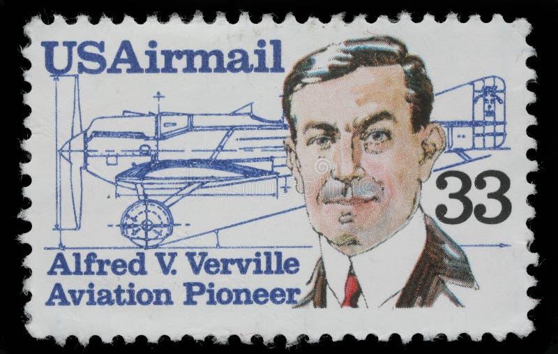 Selo impresso nos EUA, mostras Alfred V Verville fotografia de stock royalty free