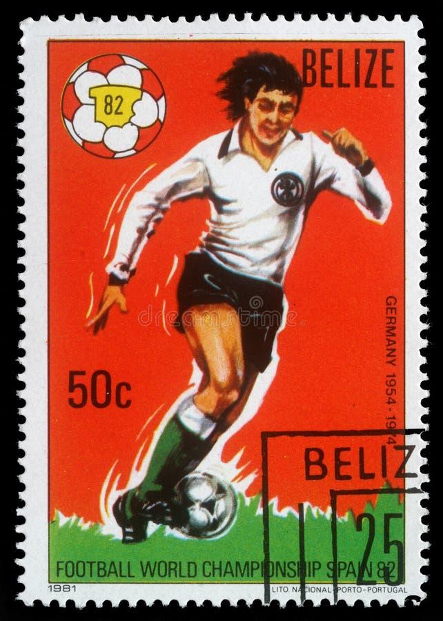 Selo impresso por Belize, campeonato do futebol do mundo das mostras, Espanha imagem de stock royalty free