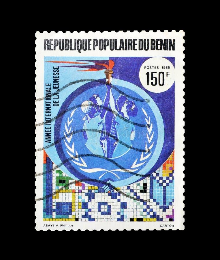 Selo postal cancelado impresso por Benin imagem de stock royalty free