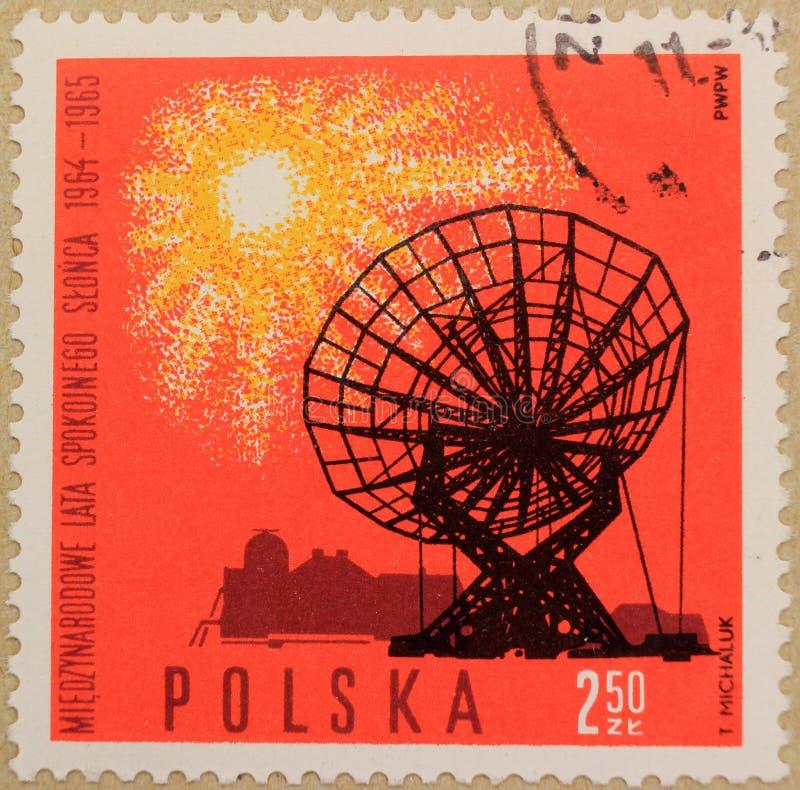 Selo postal do Polônia, dedicado ao ano do Sun quieto imagens de stock