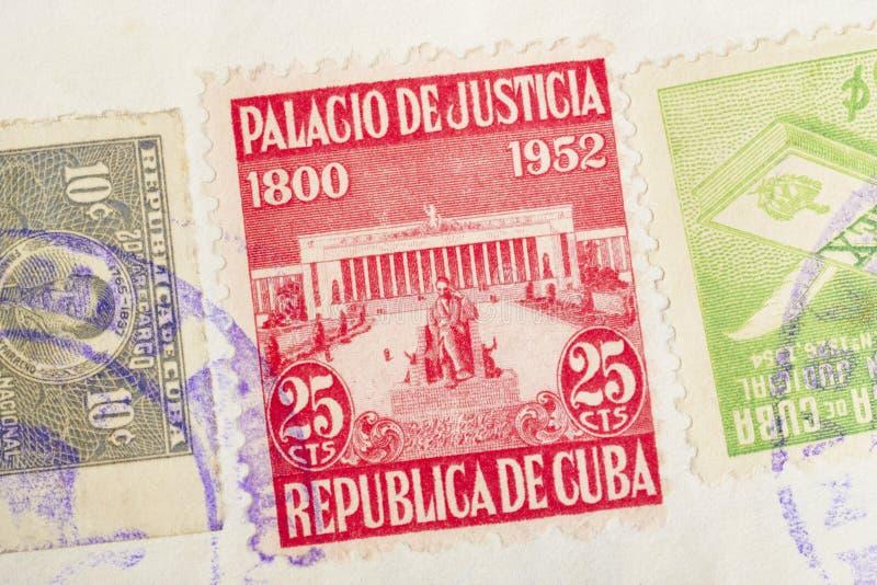 Selos antigos do cubano com carimbos postais Filatelia histórica do vintage imagem de stock royalty free
