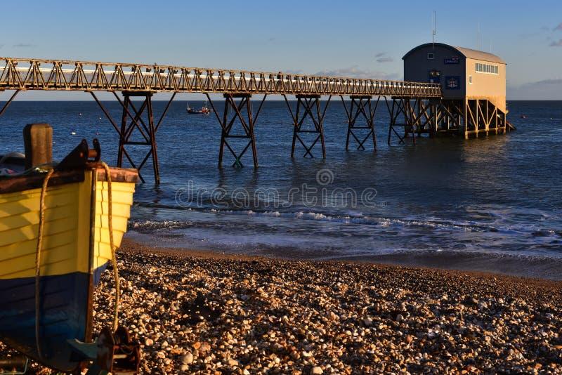 SELSEY, SUSSEX/UK - 1 JANUARI: Selsey Bill Lifeboat Station binnen royalty-vrije stock fotografie